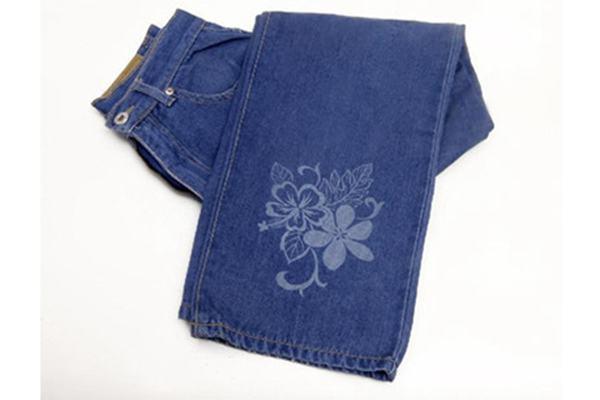 co2 laser markiChina Denim Jeans Laser Printing ng machine for jeans